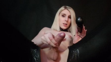 Miss Vexx - Goddess, drowning in Piss and Pleasure