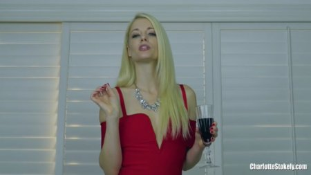 Charlotte Stokely : Plugged at the Snobby Party